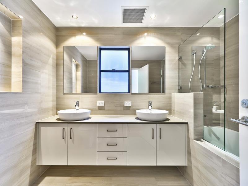 Cabinet makers gold coast coastal cabinets for Bathroom cabinets gold coast